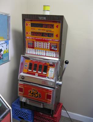 Bally 808 slot machine